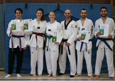 taekwondo-dietzenbach-kampfsport-Gürtelprüfung-dezember-2018-27