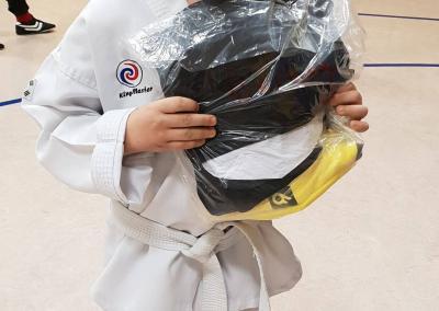 taekwondo-dietzenbach-Trainingsanzüge-Stadtwerke-2018-03